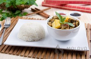 C22 Beef Rendang with Rice